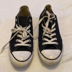 Men's Black and white All Star Converse Sneakers.